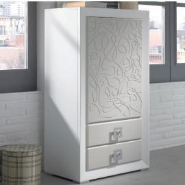 les petits meubles de rangement sont pratiques et conviviables au vannier savoyard. Black Bedroom Furniture Sets. Home Design Ideas