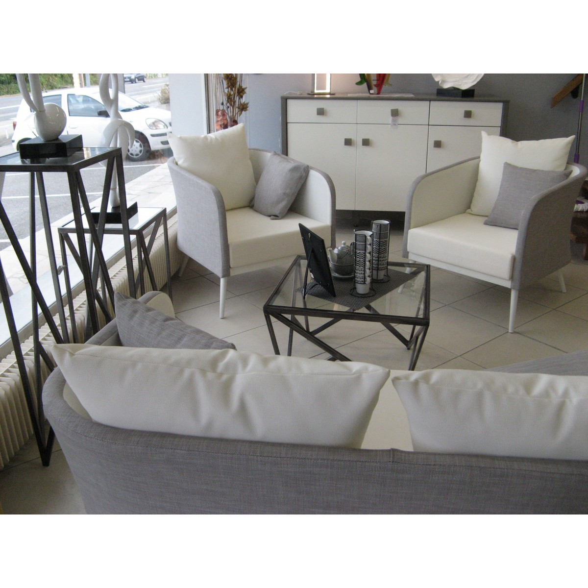 table basse m tal et verre. Black Bedroom Furniture Sets. Home Design Ideas