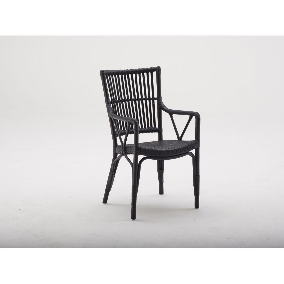 fauteuil en rotin noir. Black Bedroom Furniture Sets. Home Design Ideas