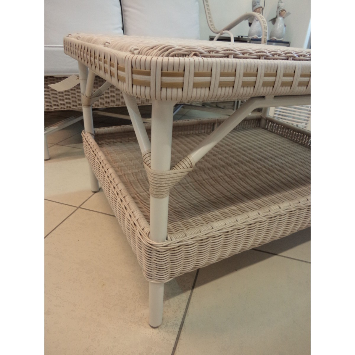 Table basse rectangulaire nantucket en r sine et aluminium - Table basse en resine ...
