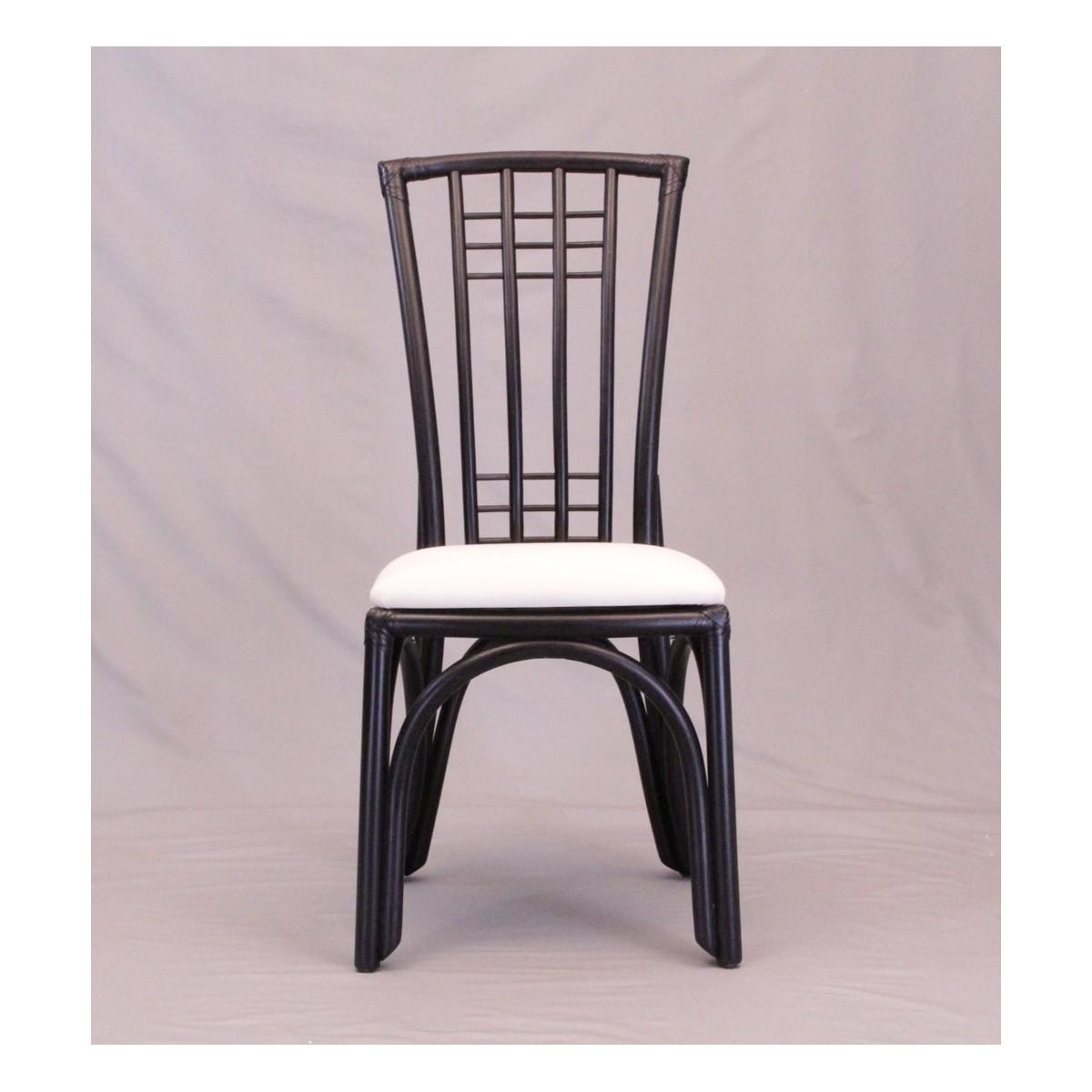 chaise en rotin coloris noir avec haut dossier. Black Bedroom Furniture Sets. Home Design Ideas