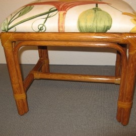 pouf tabouret au vannier savoyard. Black Bedroom Furniture Sets. Home Design Ideas
