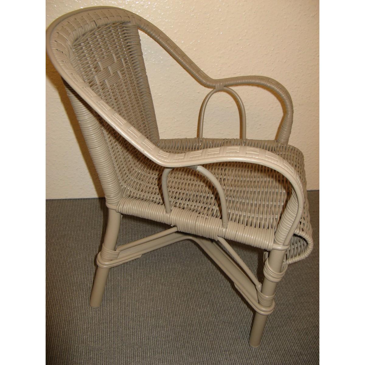 fauteuil d 39 enfant en rotin mod le grand p re coloris cendre. Black Bedroom Furniture Sets. Home Design Ideas