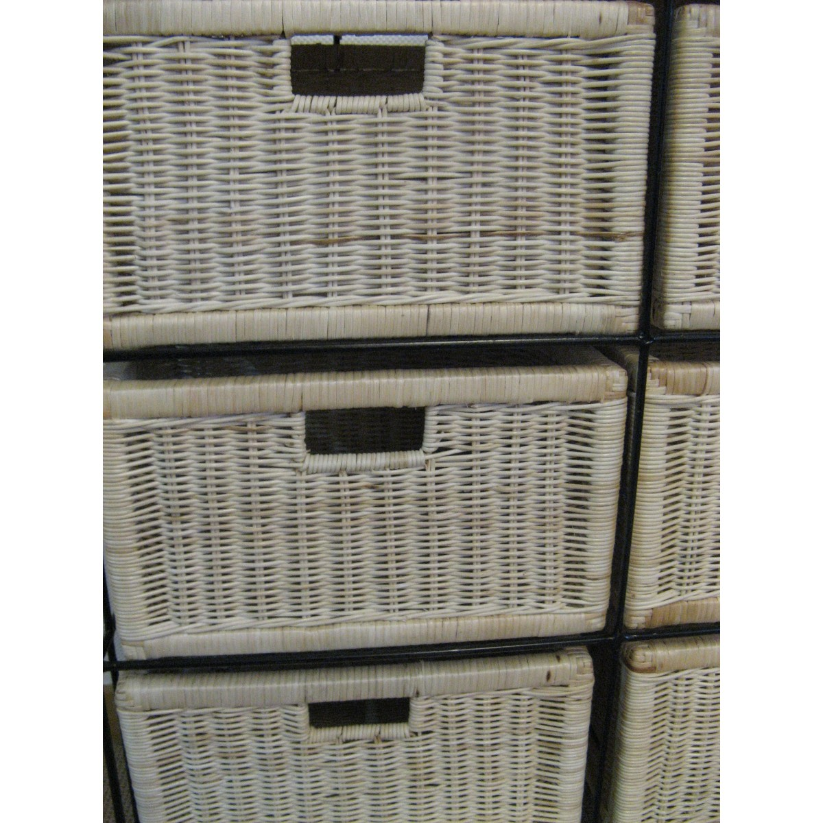 Petit meuble de rangement 6 tiroirs en rotin for Petits rangements