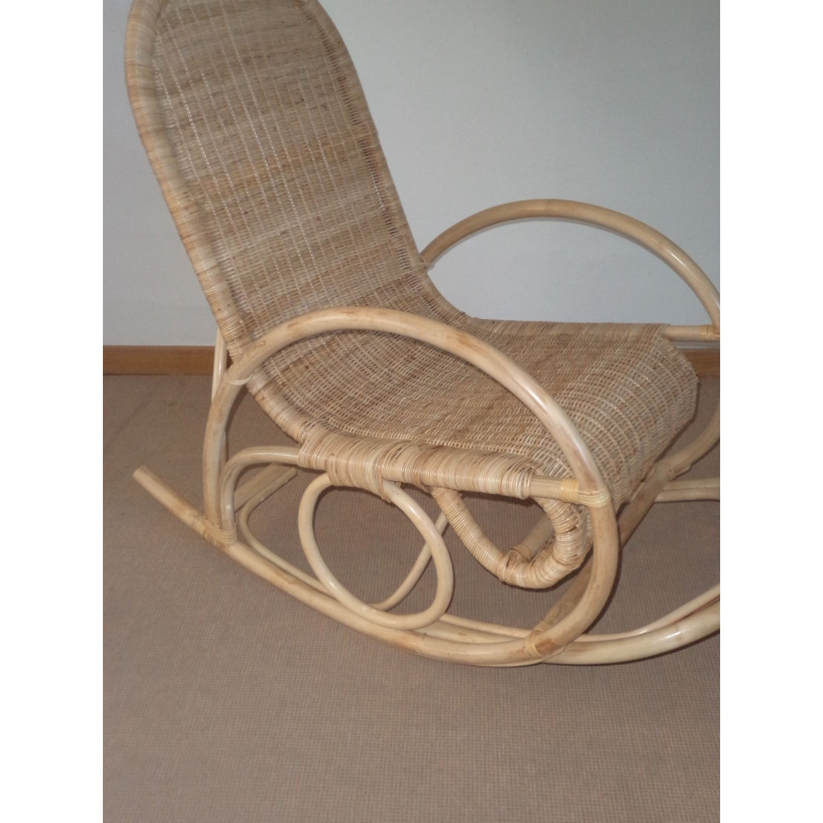rocking chair en rotin naturel special ext rieur. Black Bedroom Furniture Sets. Home Design Ideas