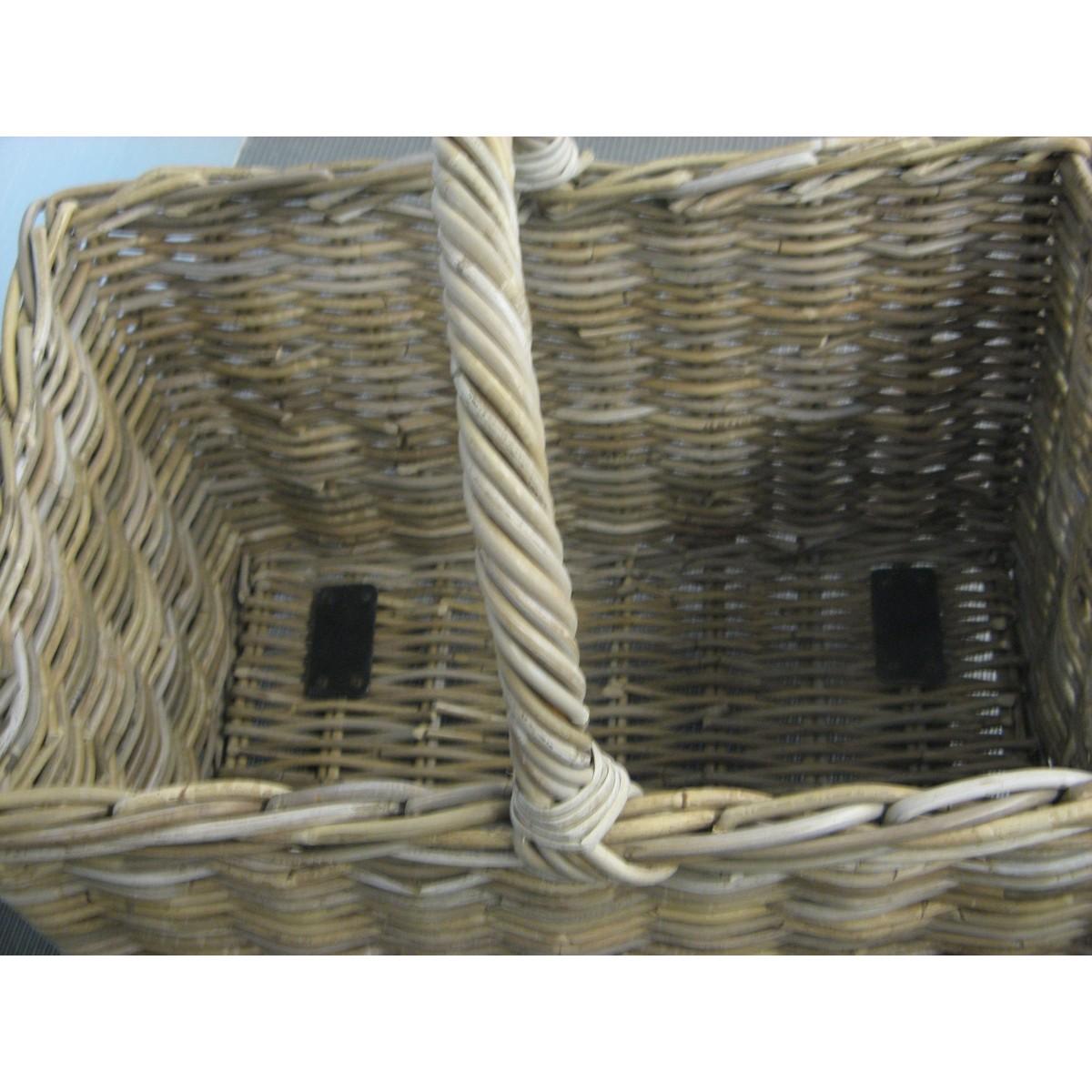 panier a bois sur roulettes 28 images panier 224 bois rotin sur panier 224 b 251 ches en. Black Bedroom Furniture Sets. Home Design Ideas