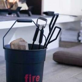 Seau avec accessoires de cheminée noir Fire