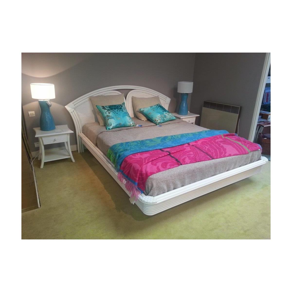 lit en rotin tortola et filet de rotin. Black Bedroom Furniture Sets. Home Design Ideas