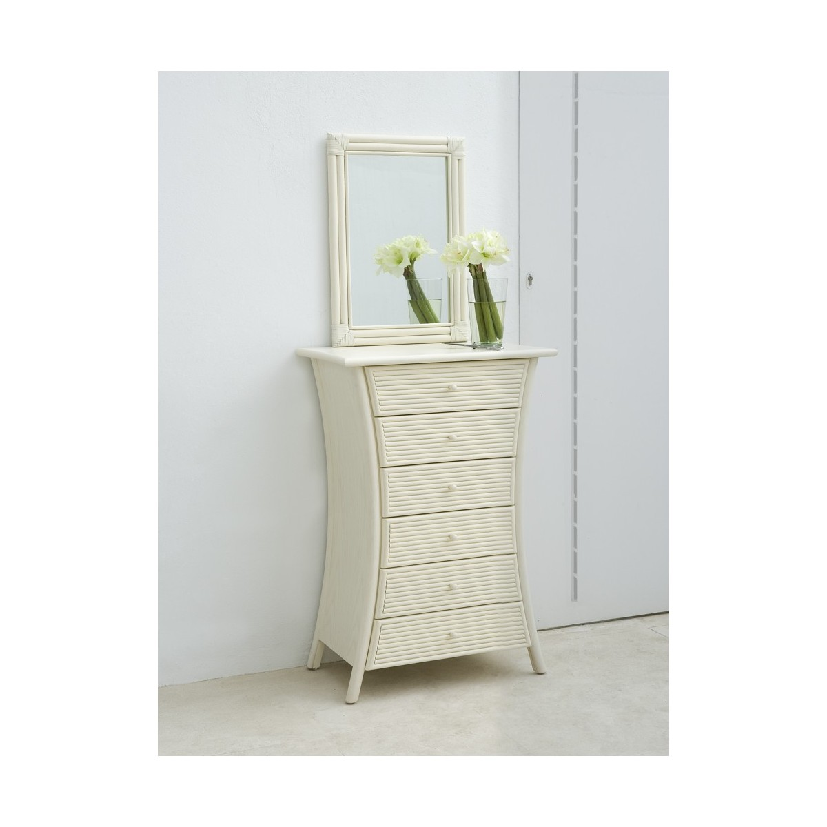 chiffonnier en rotin tortola. Black Bedroom Furniture Sets. Home Design Ideas