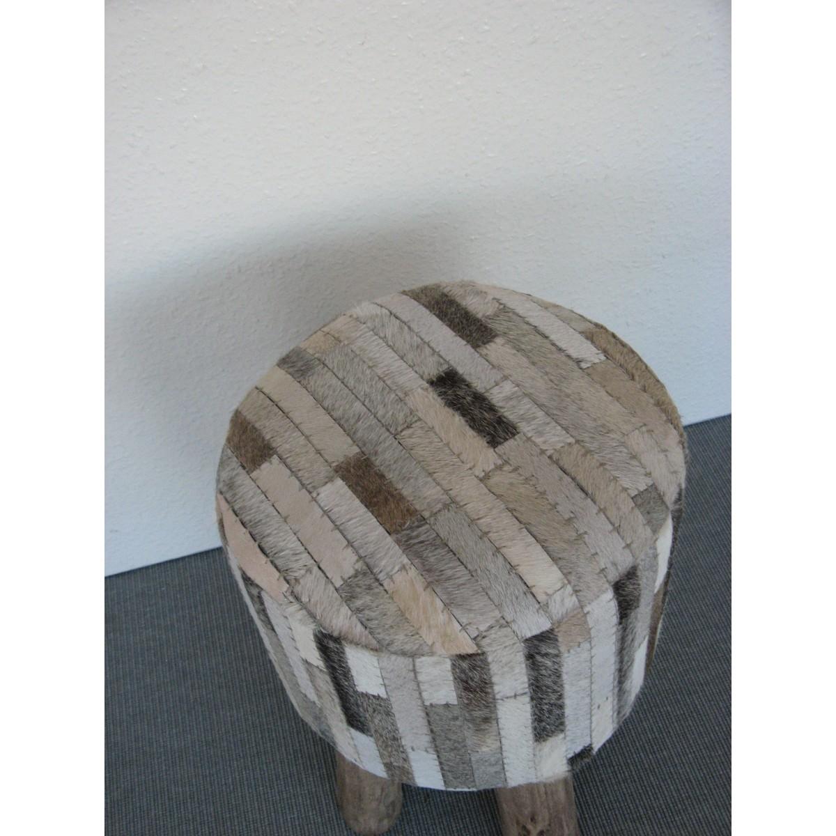 pouf en tissus gris. Black Bedroom Furniture Sets. Home Design Ideas