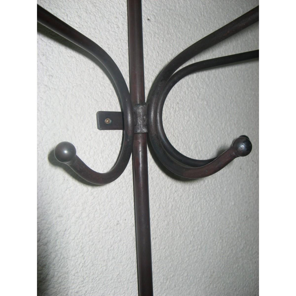 porte manteaux m tal murale coloris marron style industriel. Black Bedroom Furniture Sets. Home Design Ideas
