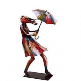 statue Femme avec parapluie Pigment