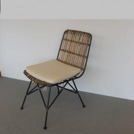 Chaise Rotin Naturel et pieds métal noir