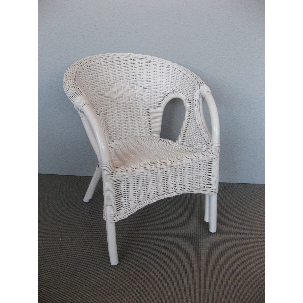 fauteuil d'enfant en rotin clowny coloris blanc